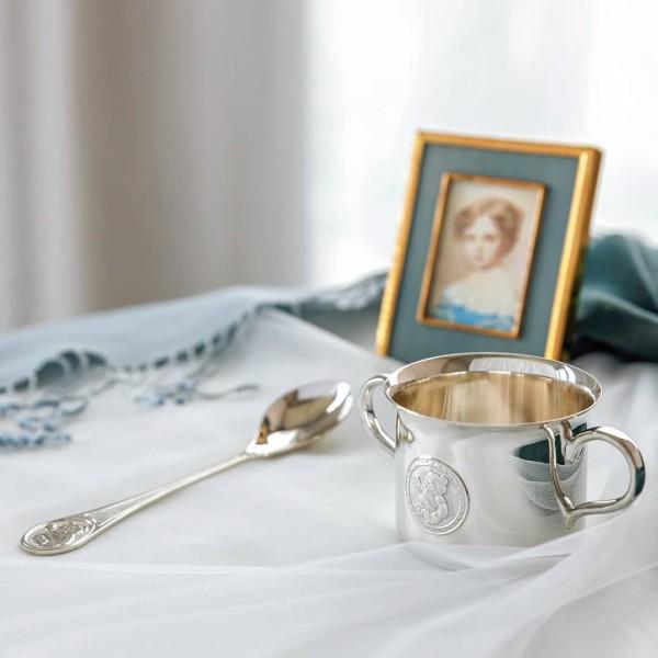 Kleinkindlöffel Teddybär aus Sterling Silber als Geschenkset mit einem Silberbecher