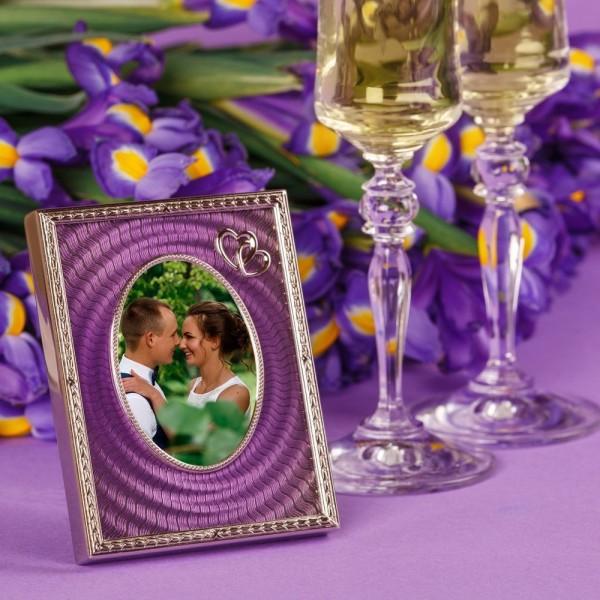 Messing Bilderrahmen mit Guilloche-Emaille violett